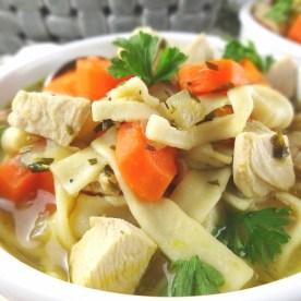 classic_chicken_noodle_soup_photo