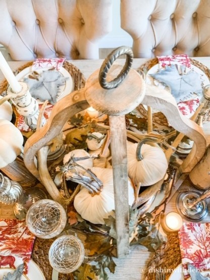 I used rustic antlers in my centerpiece.